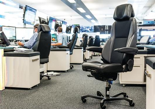 Křesla KAB//Seating pro 24 hodinové provozy