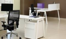 Kancelářský nábytek Elegantní řešení v bílé barvě