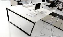 Stoly s napojením na skříně - TERRA