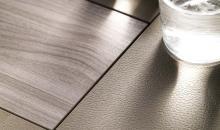 Jednací stůl ARA - detail desky