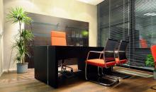 reference Krofian - manažerský stůl luxusní tmavé dřevo